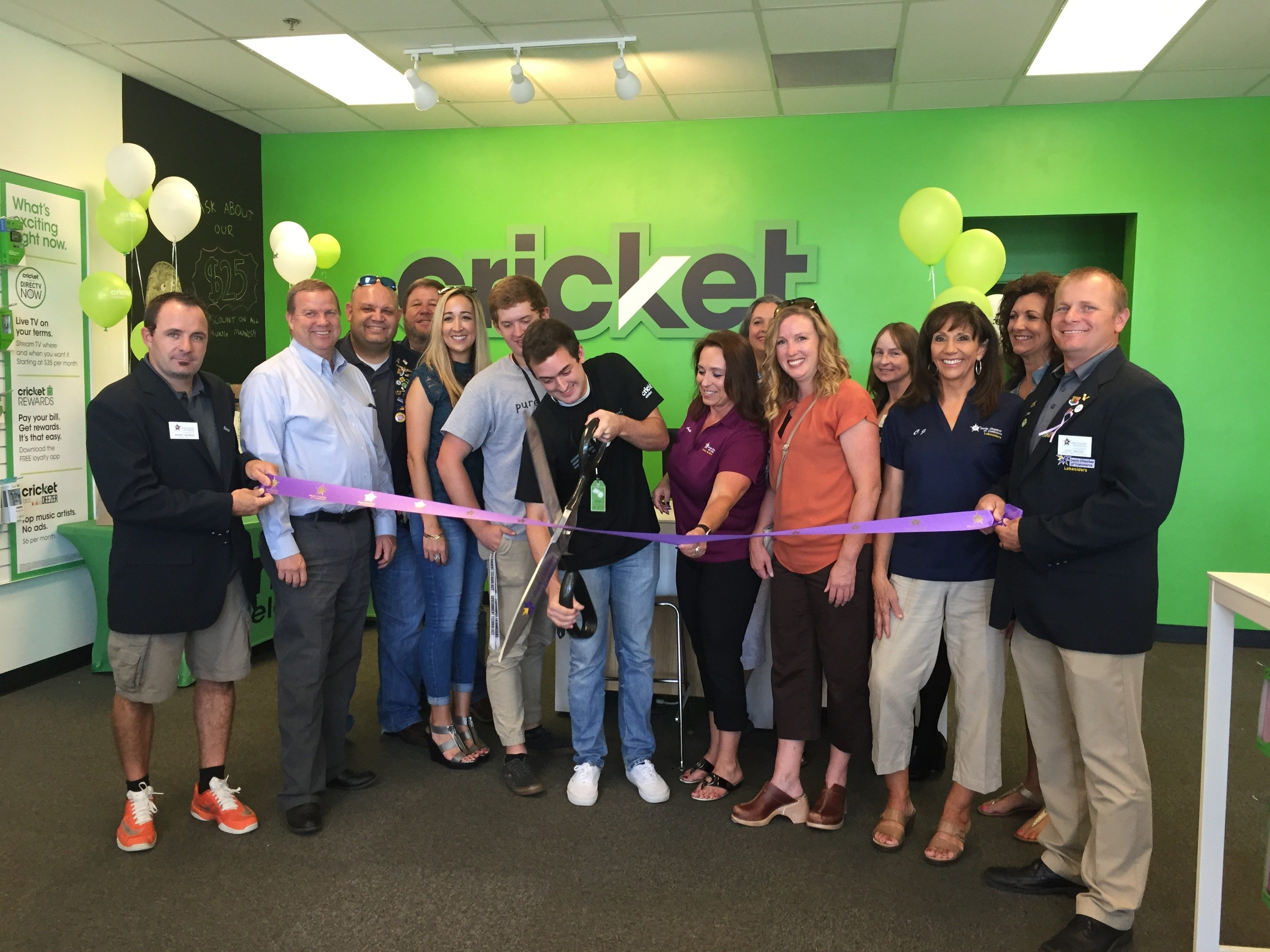 Cricket Wireless Ribbon Cutting - Davis County Chamber of Commerce